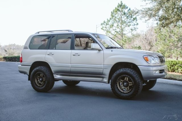 Jt6ht00w0y0088579 1 Owner Lx470 Expedition Build Land