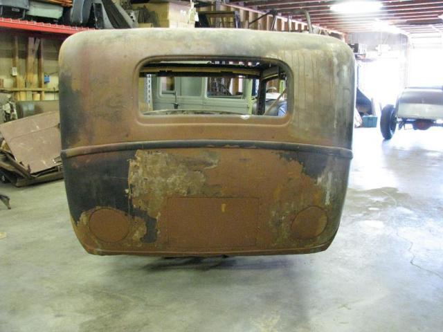 1932 Ford 2 Door Sedan Body