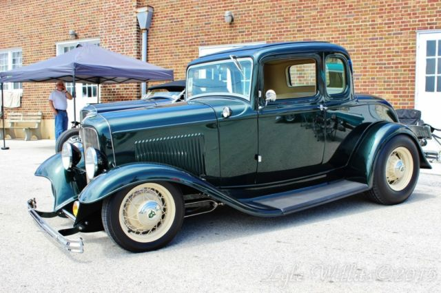 1932 ford five window coupe for 1932 ford 5 window coupe body