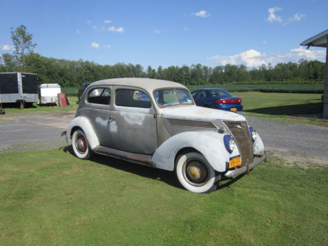 1937 ford 2 door sedan slantback flathead v8 barn find for 1937 ford 2 door