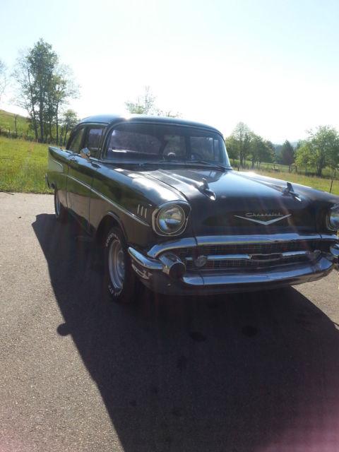 B57a101013 1957 chevy 210 bel air 2 door post for 1957 chevy 210 4 door