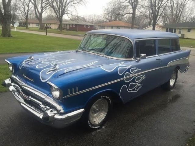 1957 chevy tri five belair handyman wagon for sale no reserve v8 4 speed look. Black Bedroom Furniture Sets. Home Design Ideas