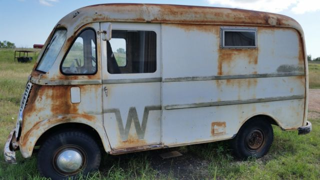 958a532af5 99999999999 - 1957 International Harvester Metro Step Van   A-120