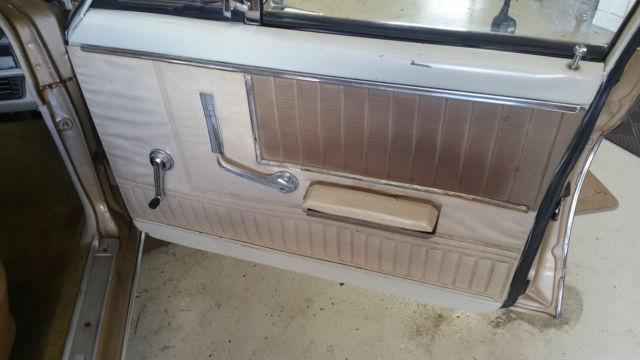 6F12T143225 - 1966 Ford Falcon Futura 4-door 32k miles 200