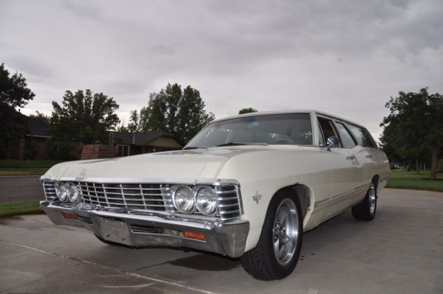 164357r142712 1967 Chevrolet Impala Station Wagon