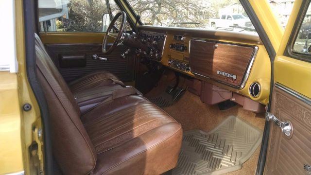 CE134B117126 - 1971 GMC Sierra Pickup Truck not Chevrolet