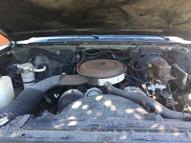1GKGV26K4LF511365 - 1990 GMC 2500 Lifted Off Road Suburban 4x4