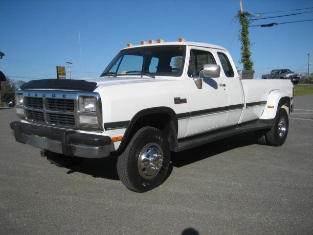 3b7mm33c4nm563540 1992 dodge 5 9 cummins 4x4 diesel w350 club cab dually pickup truck 1990 1991 89. Black Bedroom Furniture Sets. Home Design Ideas