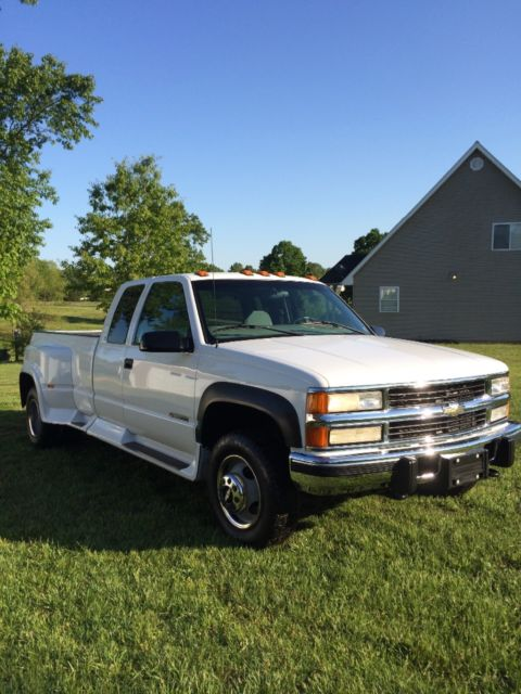 1gchk39f6wf064359 - 1998 Chevrolet C/K 3500 4x4 Diesel 86k miles