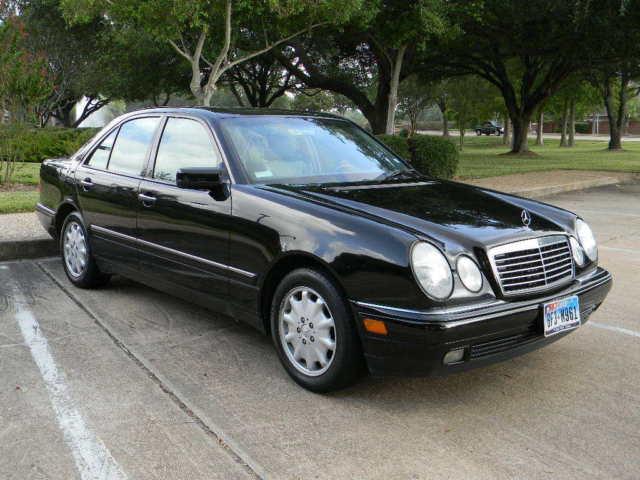 Wdbjf65h0xa736055 1999 mercedes benz e320 sedan black for Mercedes benz e320 1999