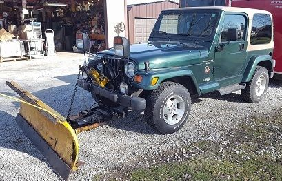 2000 Jeep Wrangler SAHARA 4X4 ** WITH SNOW PLOW ** HARD TOP * 5 SPEED * 6  CYL
