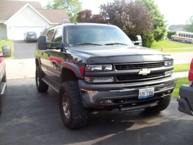 2003 Chevy Suburban 2500 8 1 V 8 6 Quot Lift On 35 Quot Tires