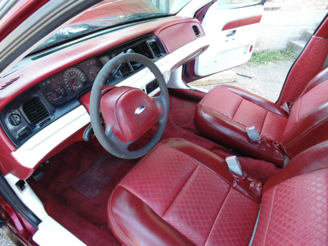2fafp71w93x146247 2003 Ford Crown Victoria Custom W Lift Kit Custom Leather Interior No Reserve