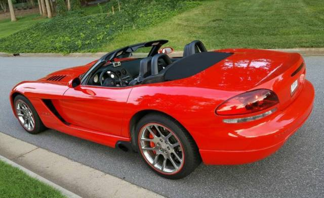 1b3jz65z54v100965 2004 dodge viper srt 10 perfect car nothing wrong private sale. Black Bedroom Furniture Sets. Home Design Ideas