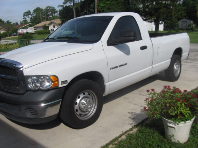 3d7kr26d55g798086 2005 dodge truck 2500 heavy duty with 54500 miles clean tittle by ownerwhite - White Dodge Truck 2005
