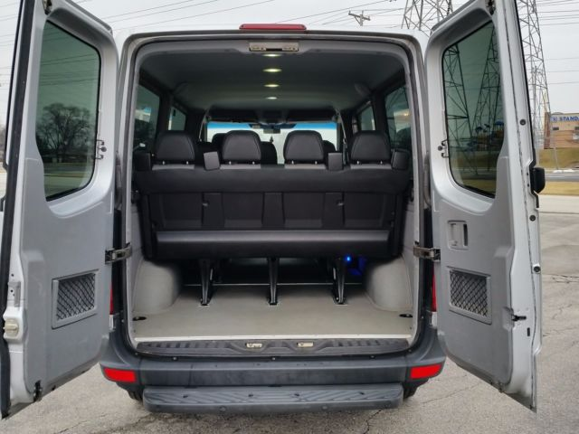 Wdwpe745785244951 2008 Dodge Sprinter 12 Passenger Van