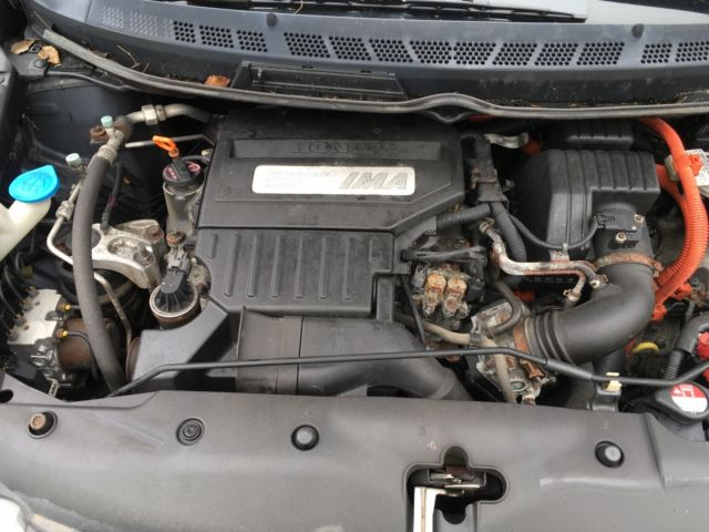 JHMFA3F25AS005667   2010 HONDA CIVIC HYBRID 187,000 MILES HYBRID BATTERY  NEEDS To Be REPLACED