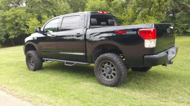 5tfdw5f19cx260504 2012 toyota tundra rock warrior edition 4x4 low miles black on black. Black Bedroom Furniture Sets. Home Design Ideas