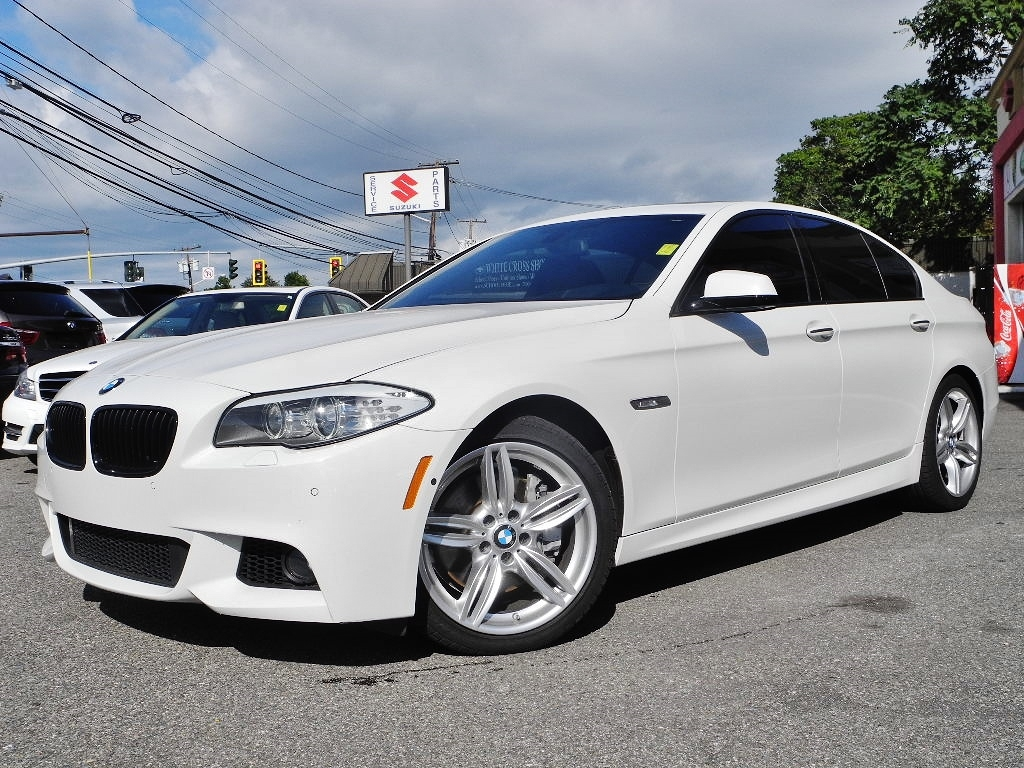 wbafr9c5xdd227249 2013 bmw 5 series 550i m sport pkg 71042 miles white sedan 8 cylinder automatic. Black Bedroom Furniture Sets. Home Design Ideas