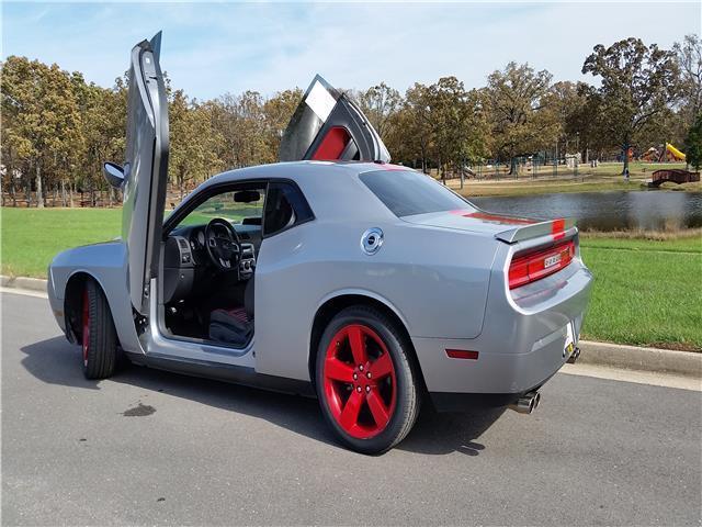 2c3cdyagxdh695735 2013 dodge challenger sxt 43 325 miles rallye redline custom doors. Black Bedroom Furniture Sets. Home Design Ideas