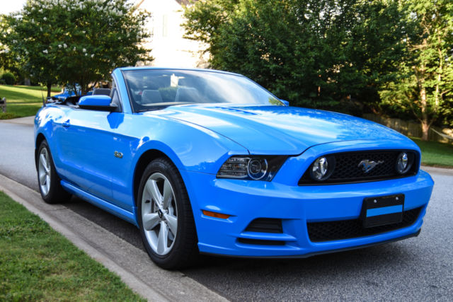 zvbpffd  ford mustang convertible gt