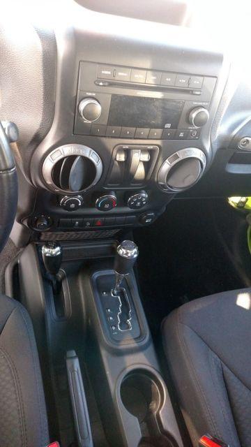 1c4ajwag4dl538608 2013 jeep wrangler sport gecko green