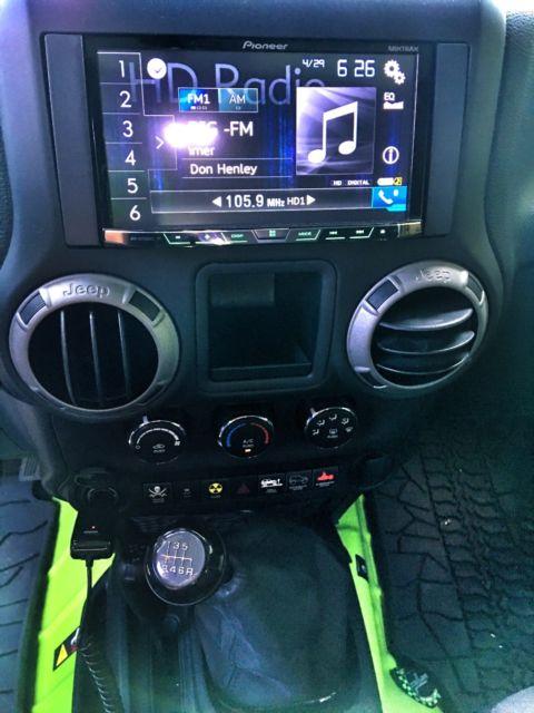 1c4bjwdgxdl506892 2013 Jeep Wrangler Unlimited Jku Gecko Green Hardtop 6 Speed Smittybilt Lifted
