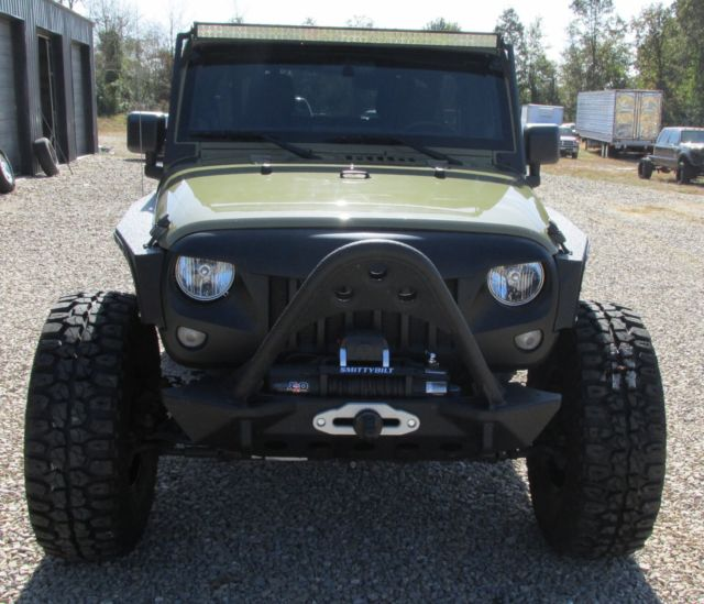 2013 Jeep Wrangler Unlimited Prior