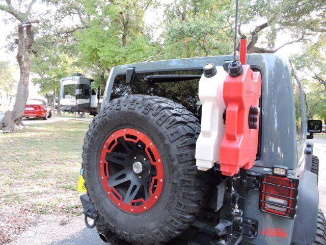 1C4HJWFG6DL664718   2013 Jeep Wrangler Unlimited Rubicon Sport Utility  4 Door Custom Color ANVIL