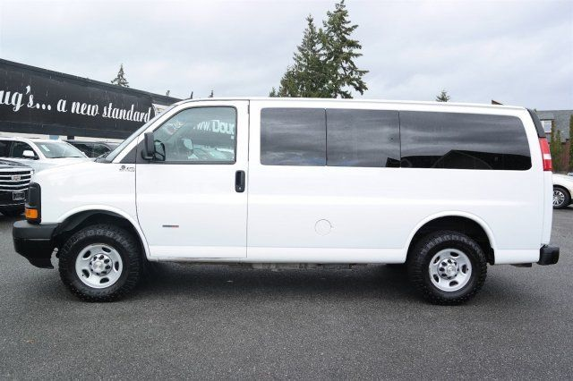2014 Chevrolet Express 12 Pass  Diesel Van With  Quigley