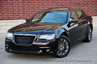 performance 2013 chrysler 300 c luxury series rwd html autos post. Black Bedroom Furniture Sets. Home Design Ideas