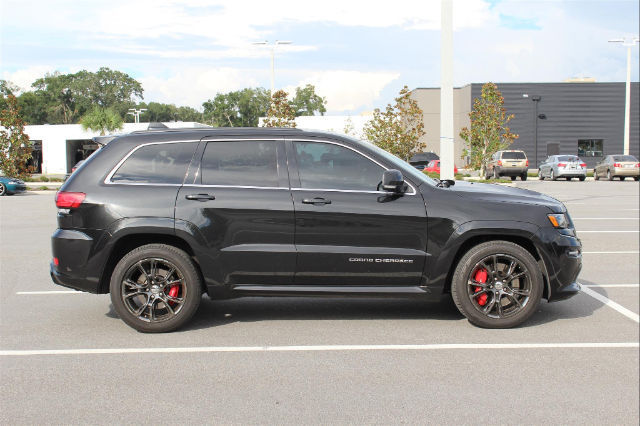 cherokee srt 31415 miles brilliant black crystal pearlcoat suv 6. Cars Review. Best American Auto & Cars Review