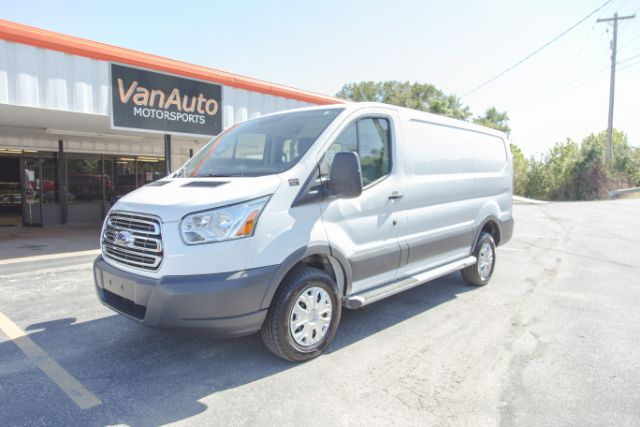 a3ce5dc1fa PrevNext. Condition  Used  Make  Ford  Model  Transit Connect  SubModel  250  Van Low Roof 60 40 ...