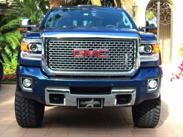 Roll And Lock Bed Cover >> 1GT120E89FF630568 - 2015 GMC SIERRA 2500 DENALI - LIFTED ...