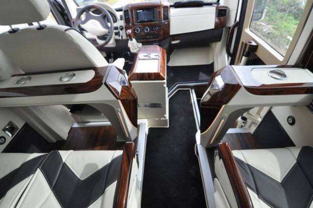 Mercedes benz sprinter custom interior pictures to pin on for Mercedes benz sprinter custom interiors
