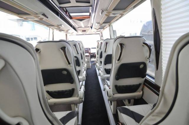 Executive van autos weblog for Mercedes benz sprinter custom interiors