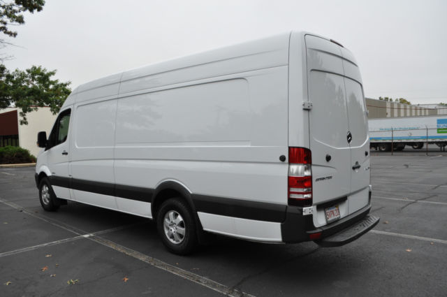 wd3pe8dc8f5980439 2015 mercedes sprinter 2500 extended cargo van 4cyl like new 48k mi high roof. Black Bedroom Furniture Sets. Home Design Ideas