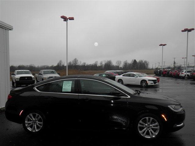 1c3cccab4gn102666 2016 chrysler 200 limited 46938 miles black clearcoat sedan 2 4l 4 cyls automati for 2016 chrysler 200 interior lights