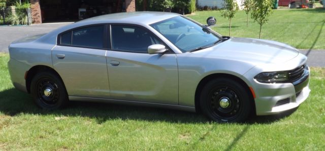 2c3cdxkt3gh333627 2016 dodge charger police pursuit 5 7l hemi awd only 105 miles and full warran. Black Bedroom Furniture Sets. Home Design Ideas