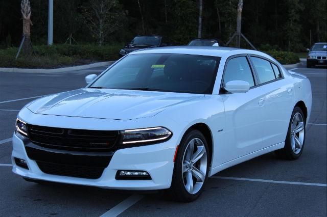 Dodge Charger Rt Miles Bright White Clearcoat Sedan L V Automatic