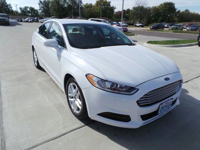 1fa6p0h78g5113009 2016 ford fusion oxford white with 29344 miles available now. Black Bedroom Furniture Sets. Home Design Ideas