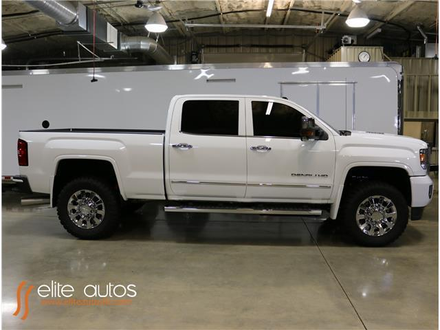 1gt12ue83gf236363 2016 gmc sierra 2500hd denali 1 000 miles summit white crew cab pickup diesel 8. Black Bedroom Furniture Sets. Home Design Ideas