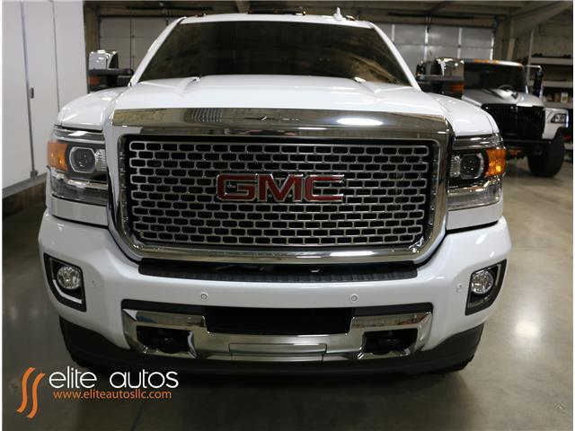 2016 GMC Sierra 2500HD Denali 1,000 Miles Summit White ...