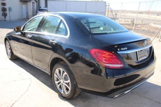 55swf4kb4gu139458 2016 Mercedes Benz C300 4matic Salvage
