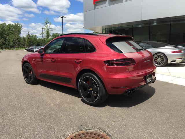 Wp1af2a55glb91687 2016 porsche macan turbo by porsche - Porsche macan white with red interior ...