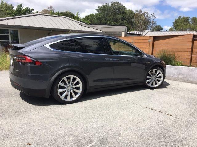5yjxcae24gf001542 2016 Tesla Model X 90d Midnight Silver