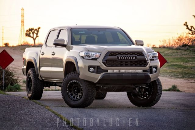 3tmaz5cn1gm021980 2016 Toyota Tacoma Trd Offroad