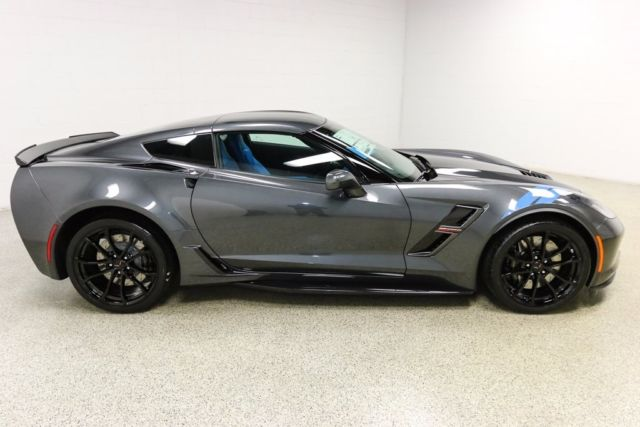 1g1y12d70h5300146 2017 Chevrolet Corvette Grand Sport