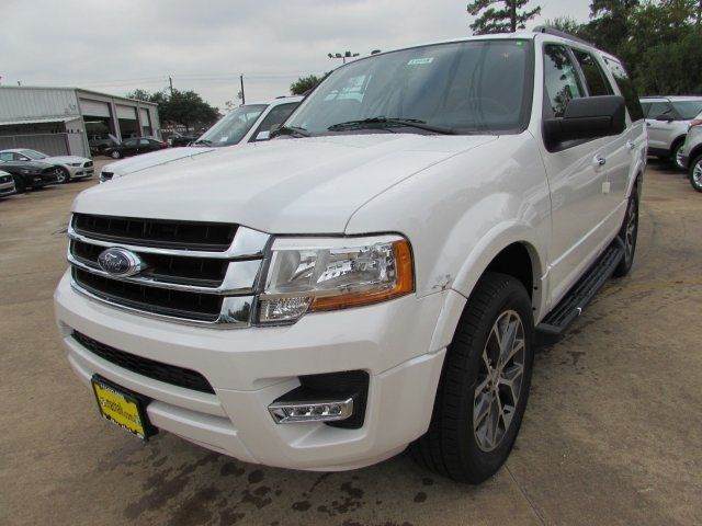 1fmju1ht8hea30533 2017 Ford Expedition Xlt 5 Miles White Platinum Metallic Tri Coat Sport Utility