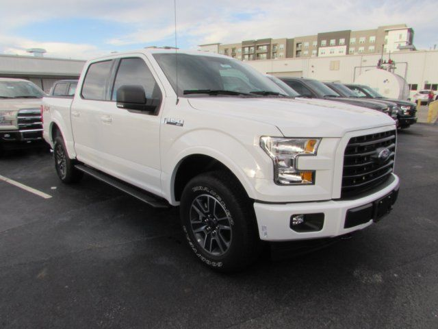 1ftew1ef5hfb09571 2017 ford f150 xlt 210 miles white crew cab pickup regular unleaded v 8 5 0 l 30. Black Bedroom Furniture Sets. Home Design Ideas